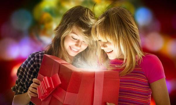 Что подарить лучшей подруге подростку на День Рождения?